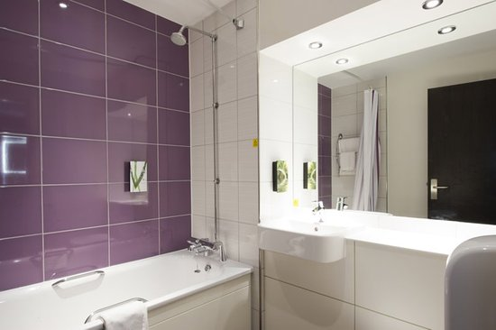 Premier inn sunderland city centre updated 2018 hotel reviews price comparison and 51 photos Premiere bathroom design reviews