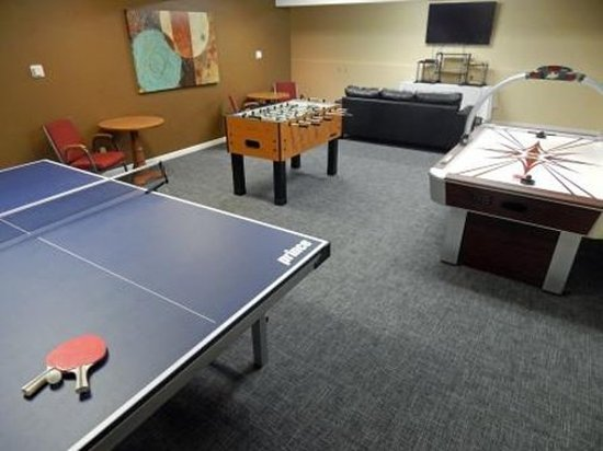 FairBridge Inn & Suites: Game Room Innlink