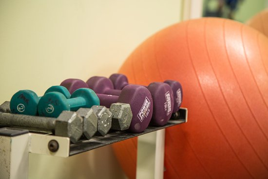 Brownsville, VT: Exercise balls and hand weights