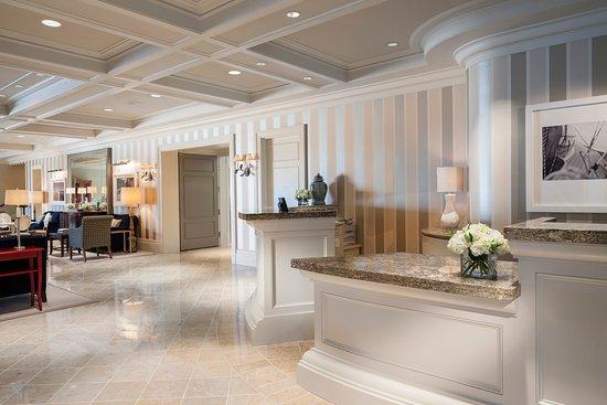 Kirkland, Ουάσιγκτον: Woodmark Hotel_Interior_Lobby