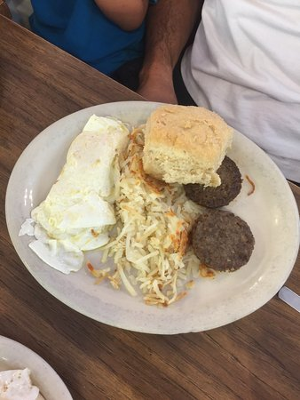 Boerne, TX: undercooked hash browns