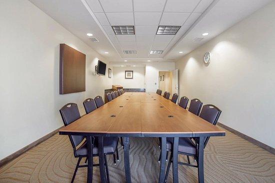 Tooele, UT: Meeting Room