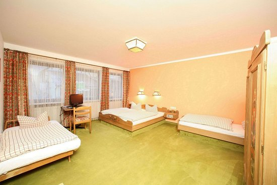 Greding, Tyskland: Quintuple Room