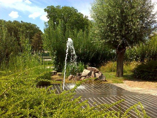 Songe d\'enfant (Jardin Deux Rives). - Photo de Le Jardin des Deux ...