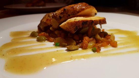 Daluva Restaurant And Bar: rosemary chicken