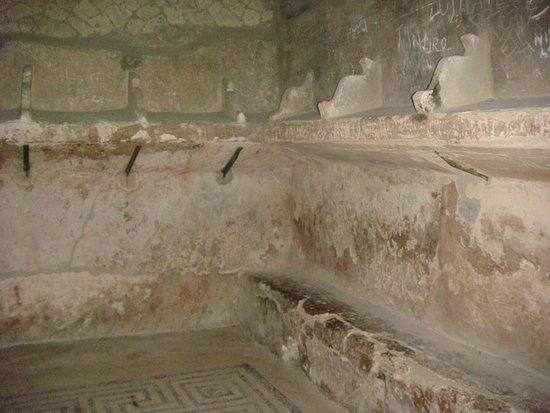 Ercolano, Italia: antiguos baños
