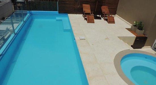 Galerias Hotel: Pool detail