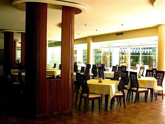 Perla Hotel: Restaurant