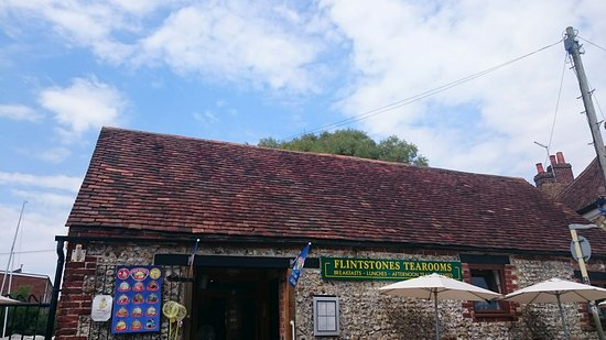 Emsworth, UK: TA_IMG_20160722_150545_large.jpg