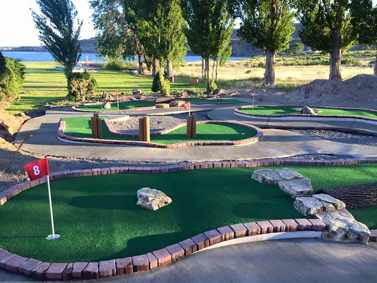 Soap Lake, WA: Miniature Golf