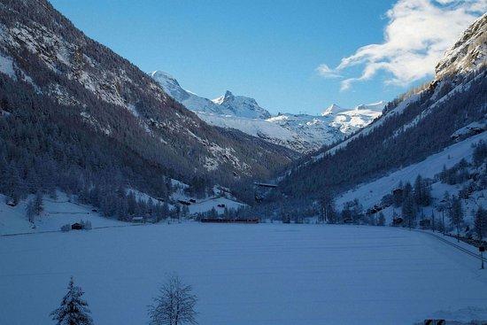 Täsch, Schweiz: Exterior