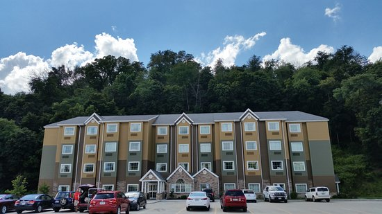 Microtel Inn Suites By Wyndham Steubenville Hotel
