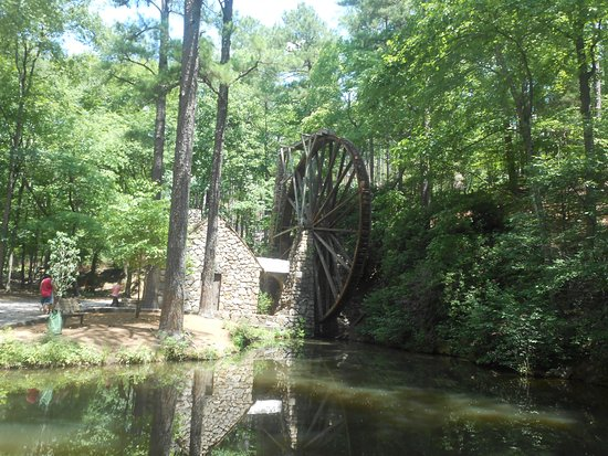 Rome, GA: Old Mill, Berry College