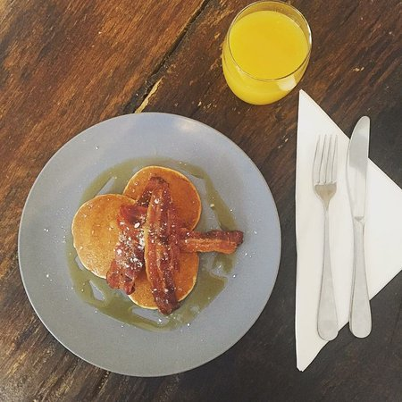 West Sussex, UK: Pancakes, streaky bacon and maple syrup available for breakfast and lunch