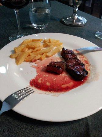 Tres Cantos, Spanien: Menú del día (falta uno de los primeros: ensalada mixta)