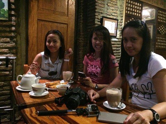Cafe Uno : Enjoying a great coffee.