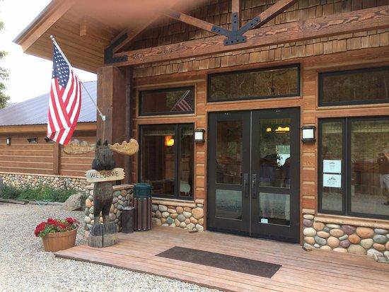 Luxury Half Moon Lake Lodge Wyoming