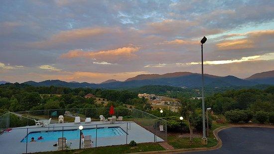 Waynesville, Kuzey Carolina: View from Balcony