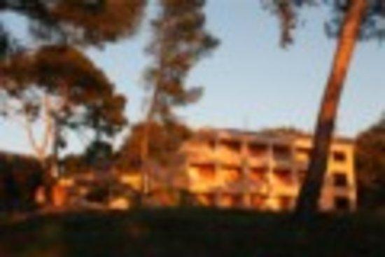 L'Inter-Hôtel Côté Sud Allauch: batiment