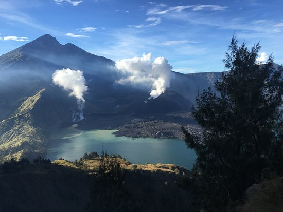 ‪Rinjani Samalas Tour and Trekking‬