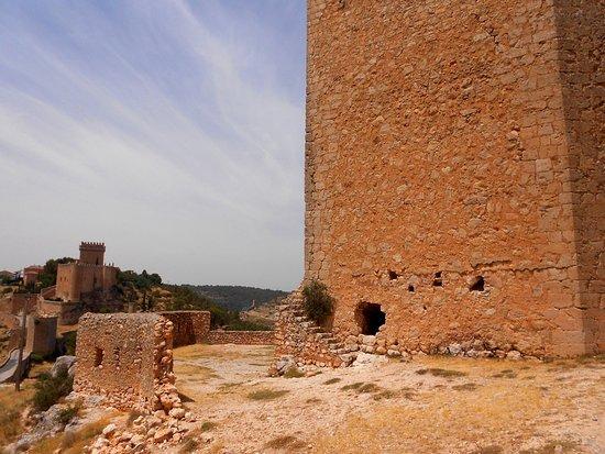 Alarcón, España: Base estropeada