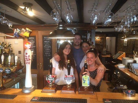 Deddington, UK: one of the chefs, Johnny, Georgia, Nicole and ~Leena