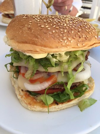 Nick's Hamburgers: well filled with salad