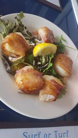 Stonington, CT: Scallops wrapped in bacon