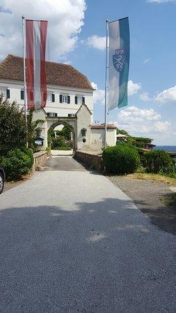 Schloss Kapfenstein : 20160720_143650_large.jpg