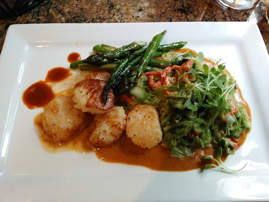 Glen, NH : Scallops with Lemon Risotto