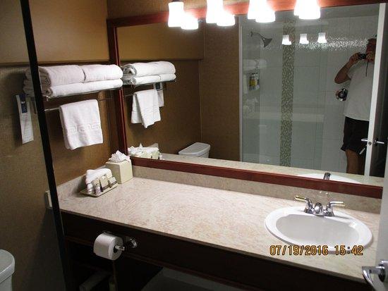 Varscona Hotel on Whyte: Spotless.