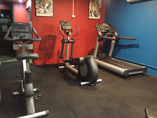 Waldorf Randwick Serviced Apartments: Gym in the apartment =)