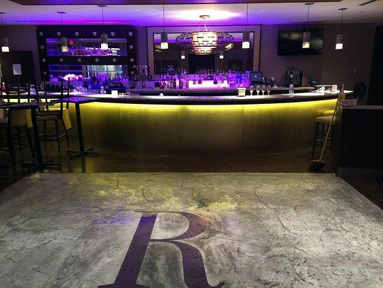 Auburn, estado de Nueva York: Transforming our bar