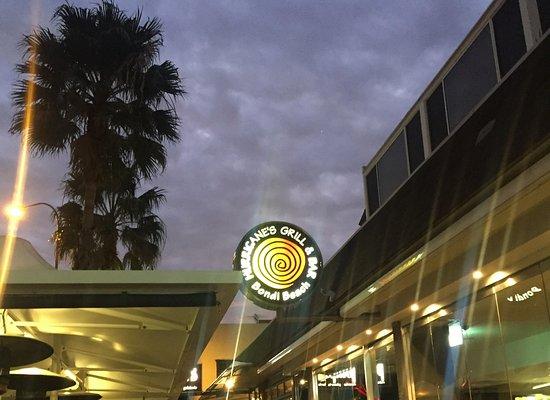 Bondi, Australië: before entering the restaurant