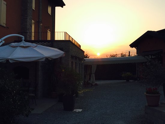 Monteveglio, Italia: Il tramonto