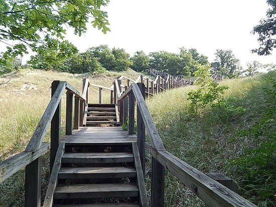 Chesterton, IN: Stairs up to Mt. Tom