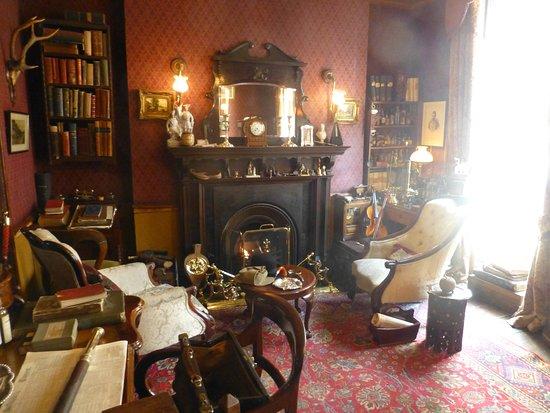 Sherlock Holmes Museum Wohnzimmer in der Baker Street 221 b
