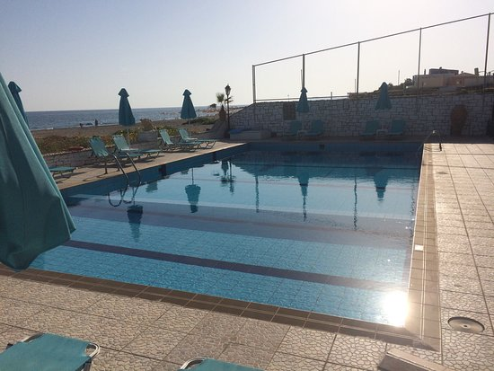 Golden Beach Hotel 사진