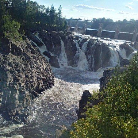 Falls in Grand Falls