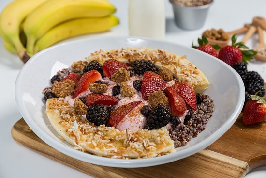 Algonquin, Ιλινόις: Berry, Granola, and Quinoa
