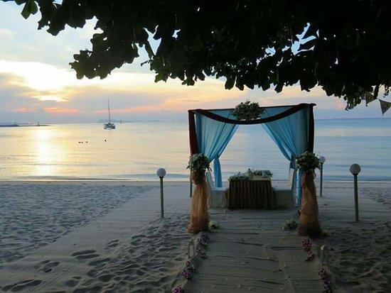Lipa Noi, Tailândia: Sea Front Restuarant