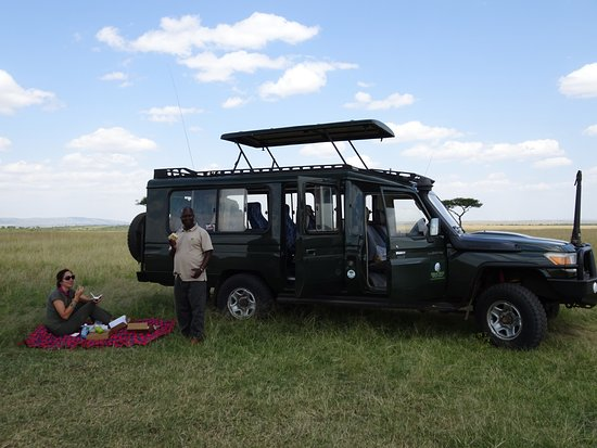 Natural World Kenya Safaris Foto