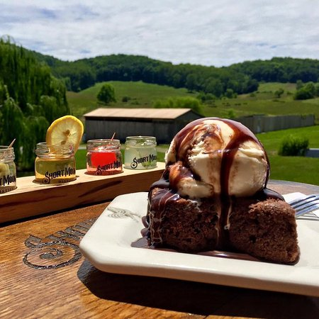 Woodbury, TN: Our Moonshine Fudge Brownie Sundae