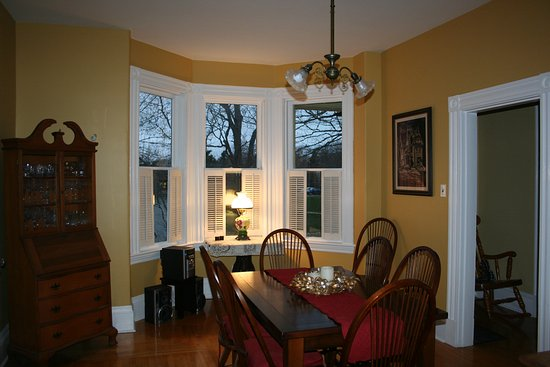Sackville, Canada : Guest Breakfast area