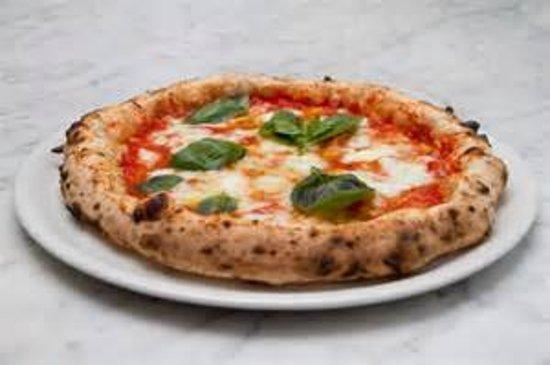 Cologne, Italia: La nostra pizza pesata