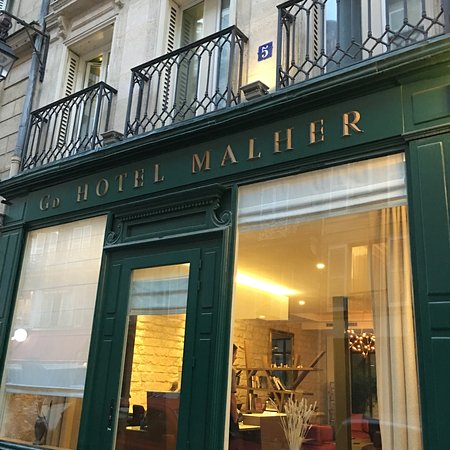 Front of the hotel picture of grand hotel malher paris for Paris hotel address