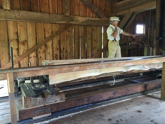 Greenbush, WI: Wood cutting machine