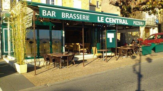 Brasserie le central gourdon restaurant avis num ro de t l phone photos tripadvisor - Bar le central ...