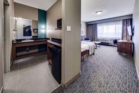 Пинчер-Крик, Канада: Elite King Room