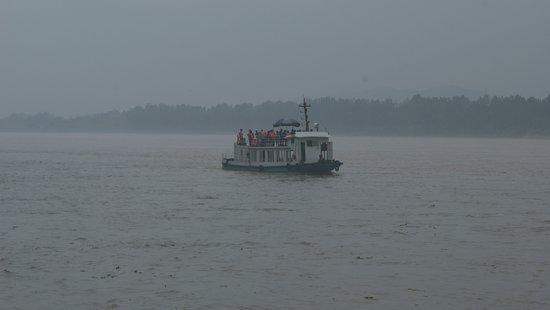 Leshan, Çin: The Boat Ride
